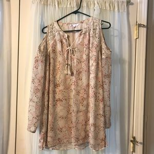 Cold shoulder chiffon layered blouse